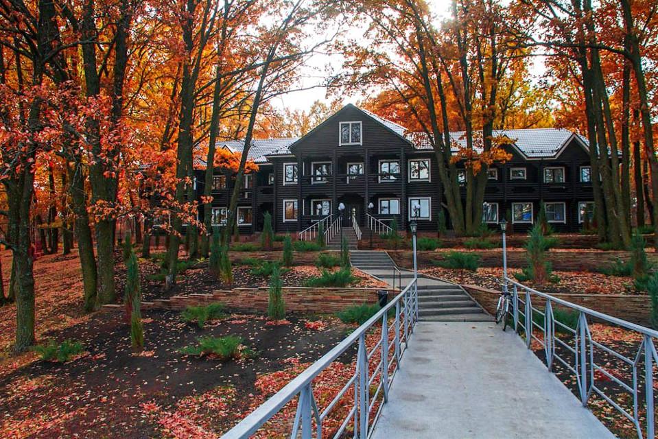 #colorsplash   #colorful #autumn #cottage